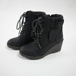 Little Winter cute black ankle boots